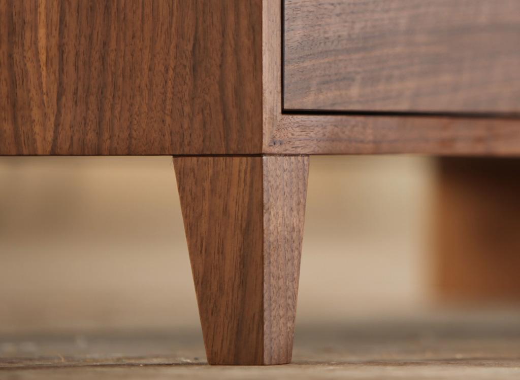 sideboard nussbaum optik ideas about sideboard nussbaum. Black Bedroom Furniture Sets. Home Design Ideas