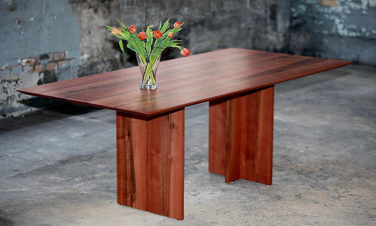 index of cms fileadmin bilder tisch birnbaum. Black Bedroom Furniture Sets. Home Design Ideas